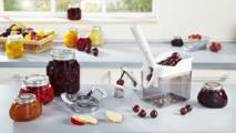Dénoyauteurs à cerises, prunes et mirabelles LEIFHEIT - Le plaisir de réaliser des confitures et des desserts «faits maison»