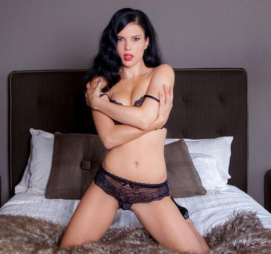 Dévoilez vos rêves érotiques via le site d'amour au tel Telephonrose.com