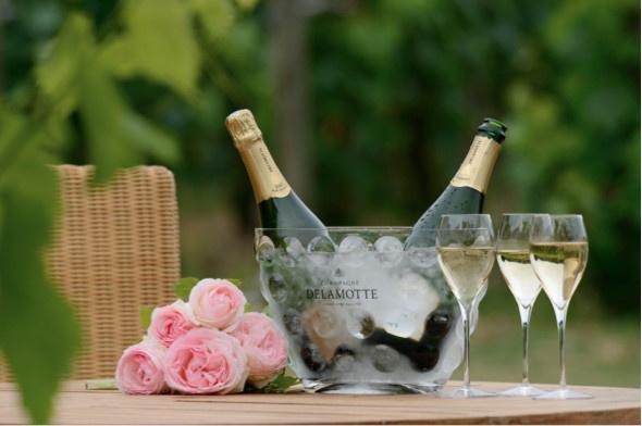 Champagne Delamotte à la coupe