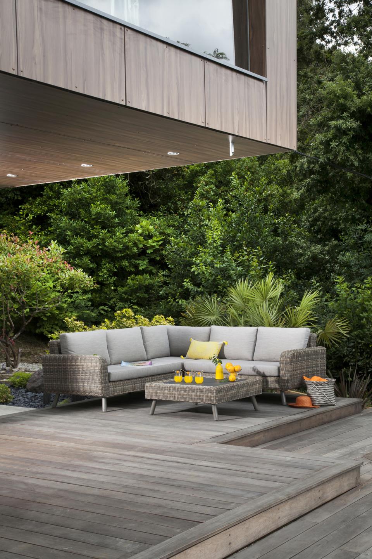 Canapés, fauteuil et table basse Vigo Océo Comble de l'élégance, le salon lounge vous tend les bras !