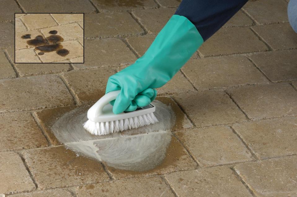 Nettoyant-dégraissant TECHNISEAL - Dissout et déloge les taches tenaces sur les dalles et pavés