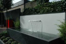 Jeux d'eau dans le jardin