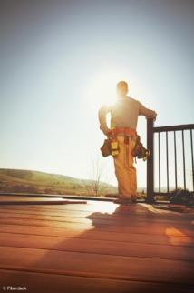 FIBERDECK - FORMATIONS POUR LES PAYSAGISTES ET LES POSEURS DE TERRASSE : Tout savoir sur la conception et la pose de terrasses en bois et en composite