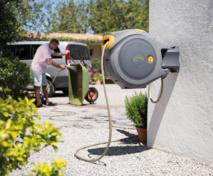 NOUVEAU FLOWMAX™ AUTO REEL HOZELOCK : Dévidoir automatique 30 m avec 35 % de débit en plus !