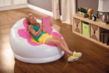 Fauteuil Fleur INTEX - Un fauteuil fun et fleuri qui s'emporte partout