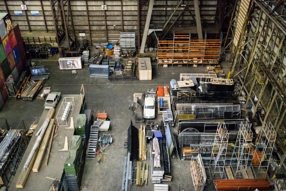 Conseils et pratiques pour organiser un entrepôt avec un rayonnage adapté