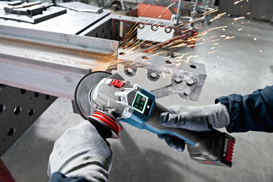 Les premières meuleuses angulaires connectées : GWS 18V-125 SC Professional GWS 18V-125 PSC Professional