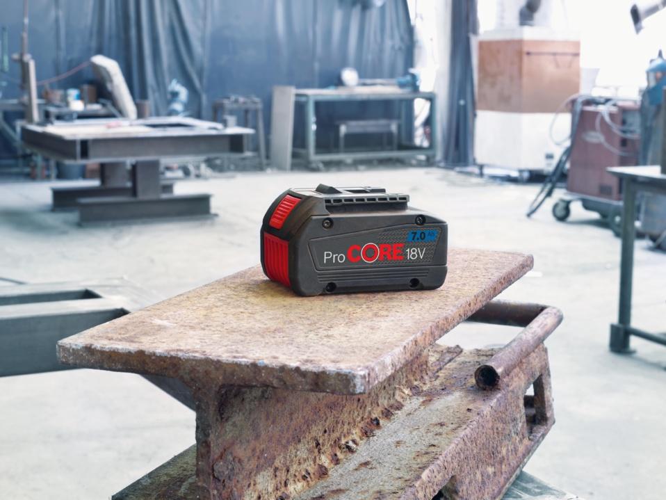 Plus de puissance pour les professionnels : Batterie haute performance ProCORE18V 7.0 Ah
