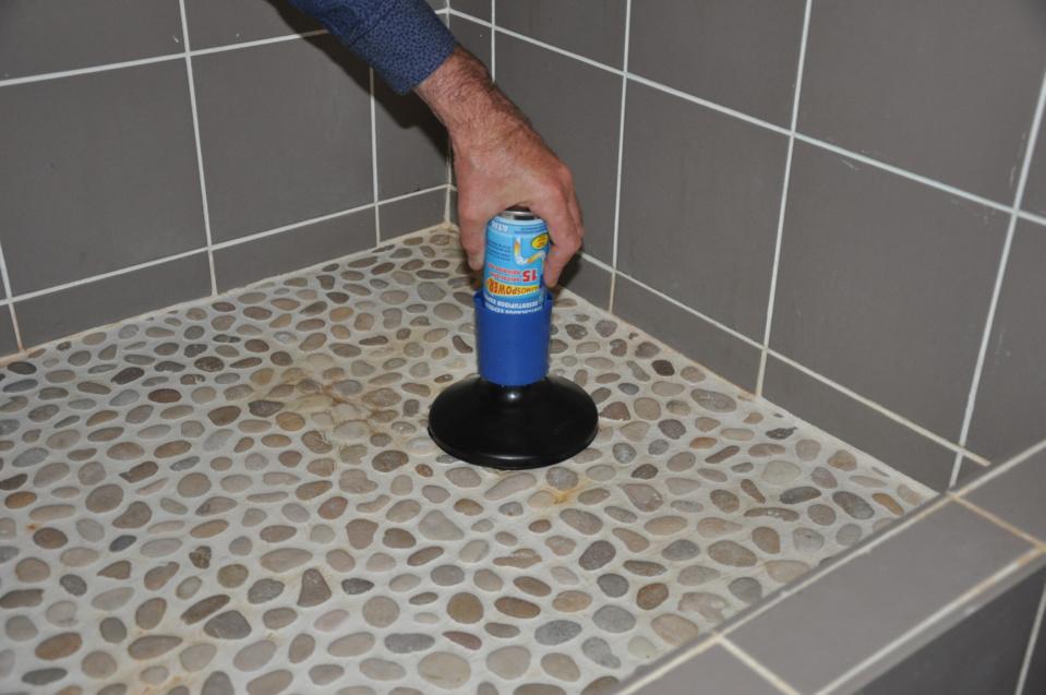 DÉBOUCHEURS ATMOS - Éliminent efficacement les bouchons des canalisations