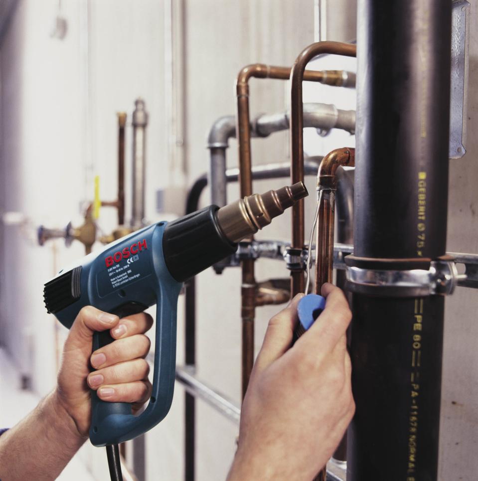 BOSCH - Chaque corps de métier, ses offres promotionnelles - Zoom sur les outils adaptés aux travaux de plomberie