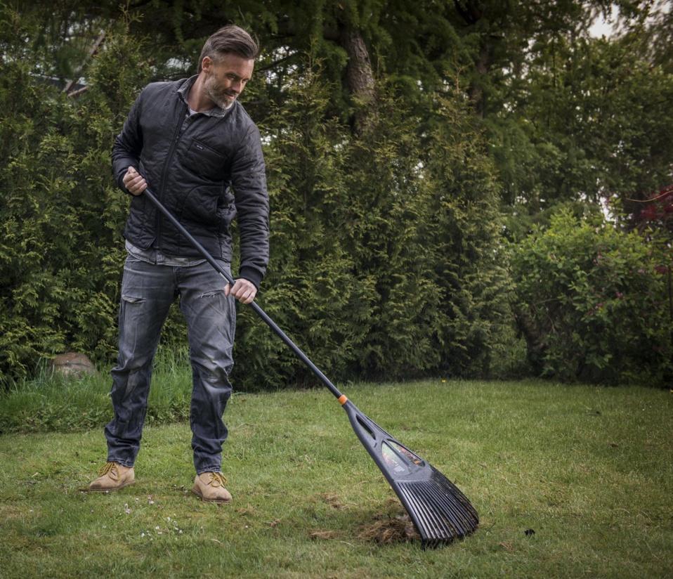 Facilitez-vous le jardinage avec les nouveaux outils Solid Fiskars