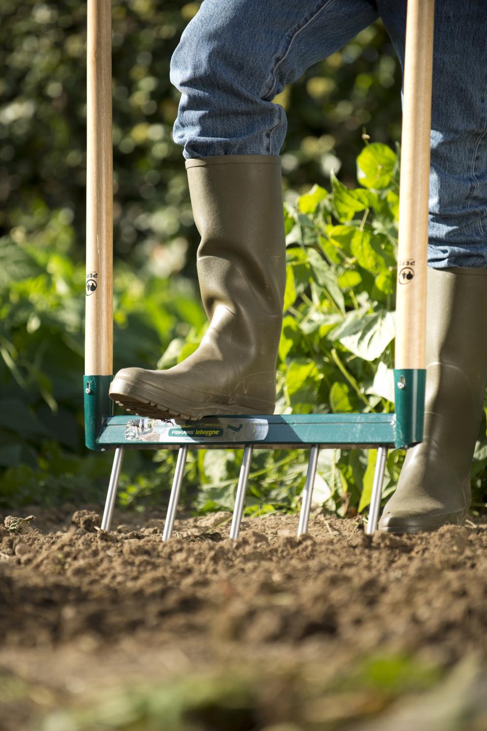 FISKARS - Des solutions naturelles pour le jardinage