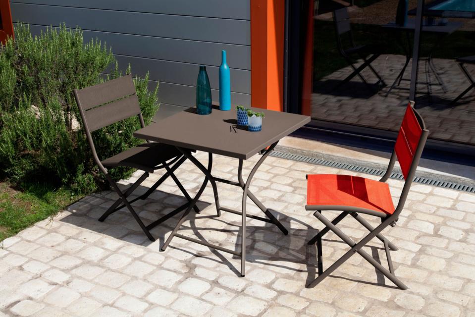 Pour petits espaces, Guéridons et table-chariot PROLOISIRS